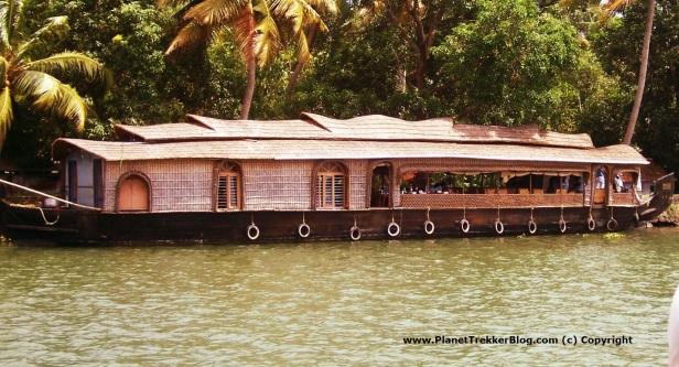 Random houseboat