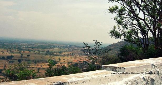 chamundi-temple10